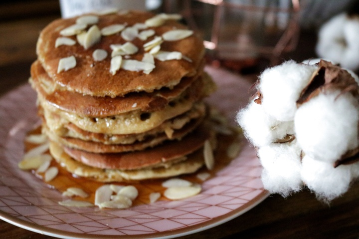 PANCAKES // Banane VS Flocons d'avoine